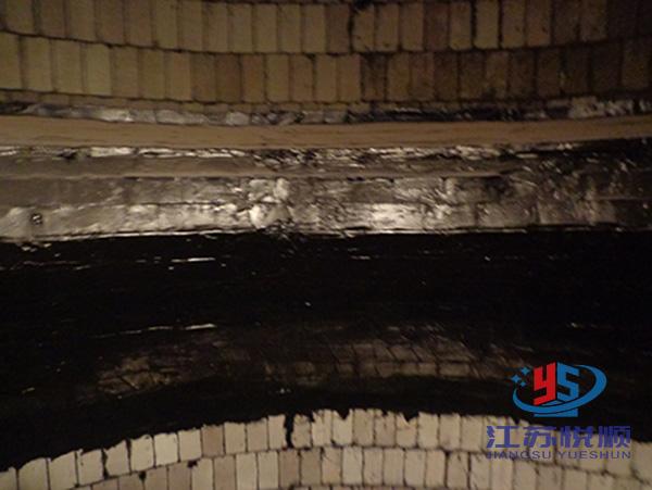 烟囱弹性胶泥防腐(图1)
