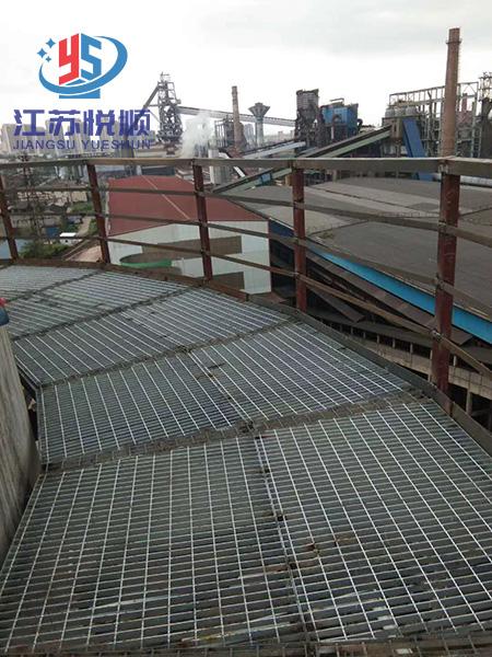 烟囱爬梯平台设计施工